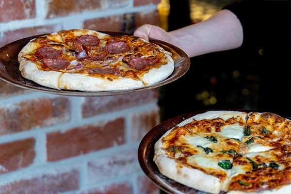pizza loca cantina 2 pizzas